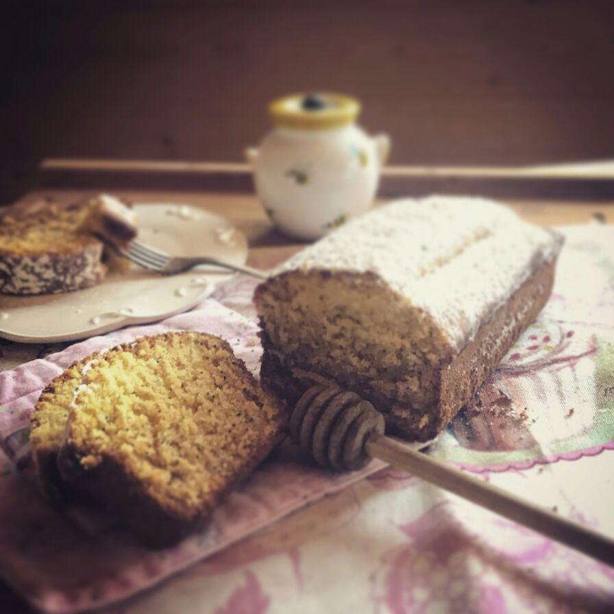 Plumcake al miele e semi di papavero